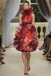giambattista-valli-fall-2012-couture-runway-07_202104507381