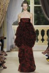 giambattista-valli-fall-2012-couture-runway-18_202119360524