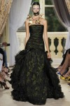 giambattista-valli-fall-2012-couture-runway-24_202127775932