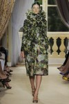 giambattista-valli-fall-2012-couture-runway-26_202129808150
