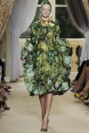 giambattista-valli-fall-2012-couture-runway-28_202132433898