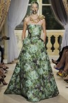 giambattista-valli-fall-2012-couture-runway-29_202133406795