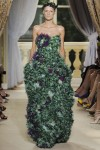 giambattista-valli-fall-2012-couture-runway-35_20214215349